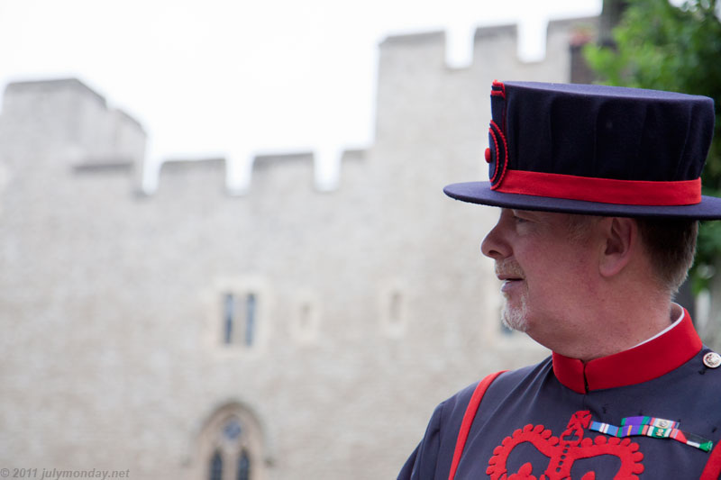 The Yeoman Warder on tour, Tower of London