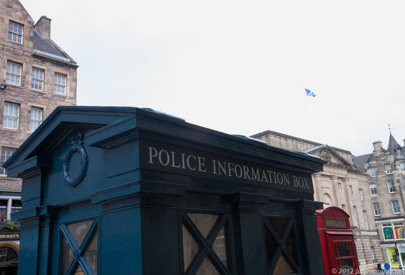 Police information box @ Royal Mile, Edinburgh